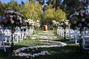 Garden Wedding Tips