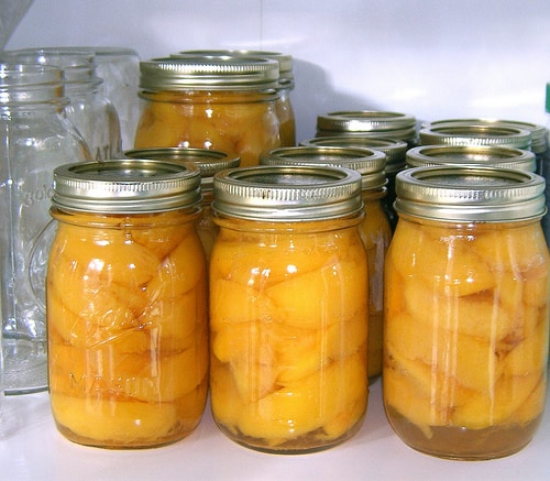 preserving peaches canning freezing