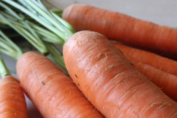 peeling carrots is it necessary