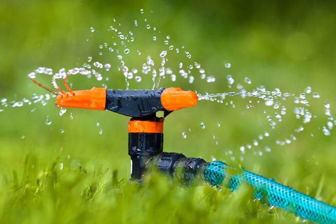 best-lawn-sprinkler-1