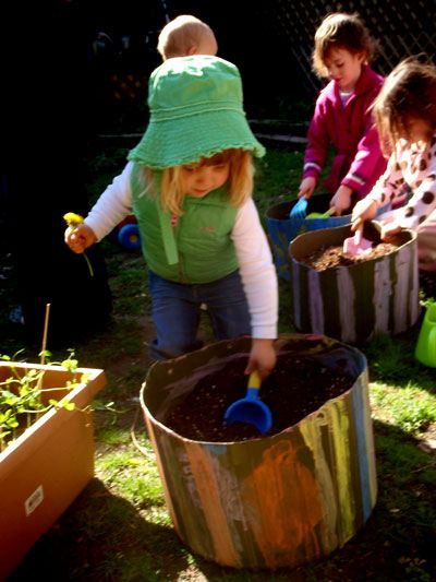 gardening-with-kids-paint-containers