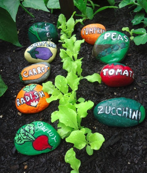 gardening-with-kids-paint-rock-makers