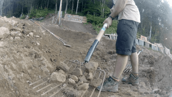 how-to-remove-rocks-from-yard-1