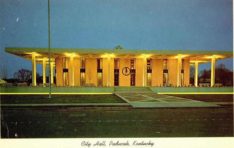 A historic postcard image of Paducah's City Hall.