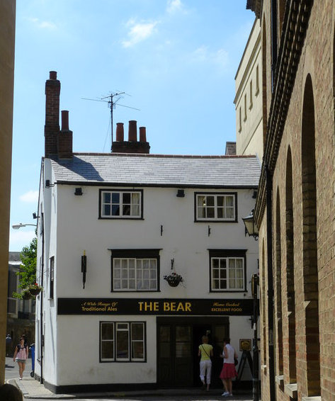 The Bear Inn in Oxford, England. Photograph by Peter Trimming, courtesy Wikimedia Commons.