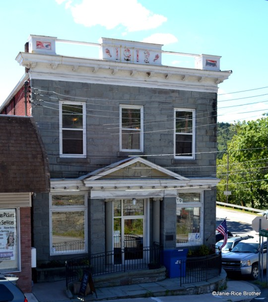 The Callicoon National Bank Building, constructed in 1913.