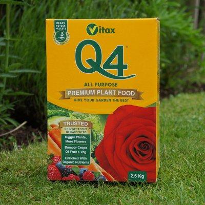 Q4 All Purpose Plant Food Garden World