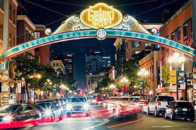 Gaslamp Quarter Downtown. Crédito de imagem Nelson Nectoux