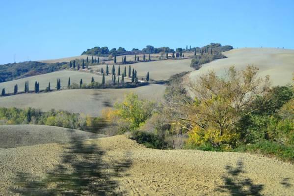 Pequenas e charmosas propriedades como esta em Montepulciano também podem ser cenário perfeito para um casamento ao ar livre. Crédito de imagem Edith Auler