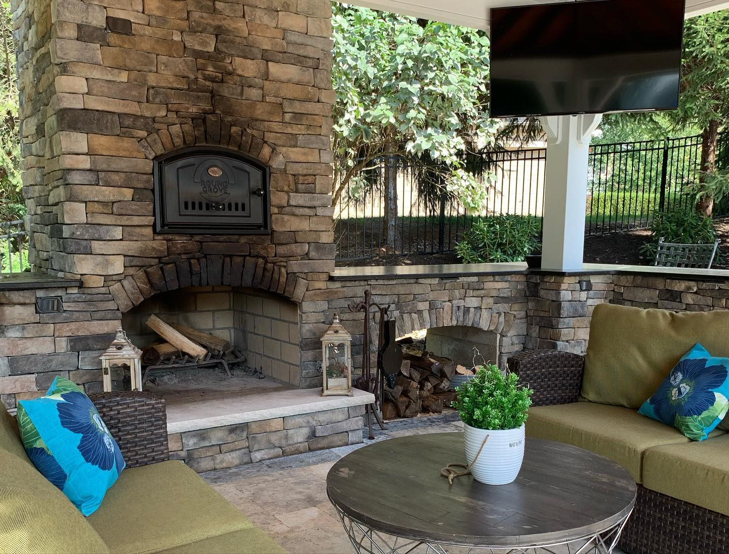 outdoor fireplaces patios kitchens