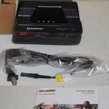 Harris MA-Com CH-104560-007 Tri-Chemistry P7100 P7200 Single Charger REV K