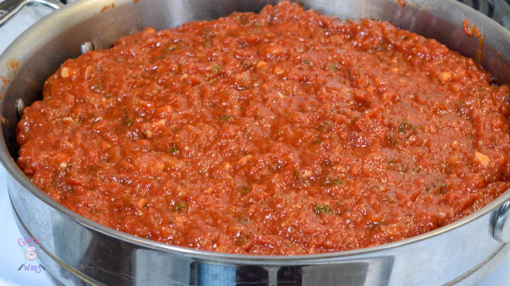 chicken parmesan meatballs with marinara sauce