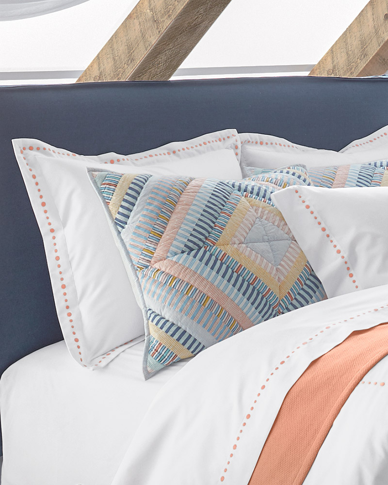 what are pillow shams threads by garnet hill