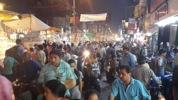 Busy streets in Kanpur