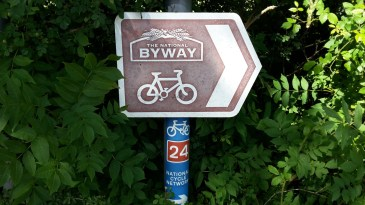 Cycle route 24
