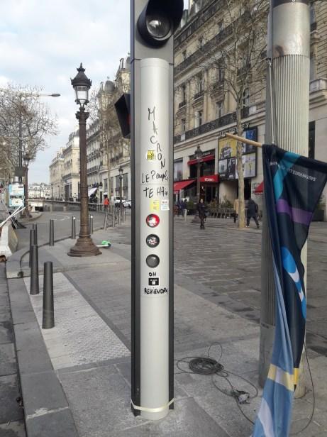 Post graffiti lamp post