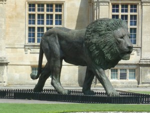 Lion outside Longleat House