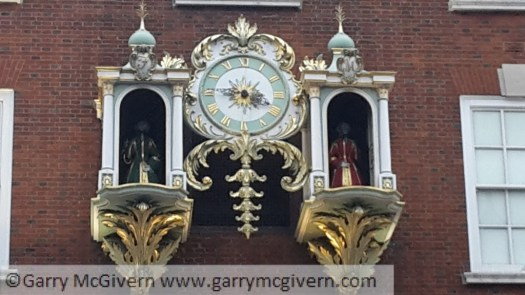 Fortnum and Mason clock