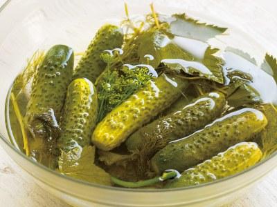 Mazsālīti gurķi, mazsaliti gurki, saliti gurki, skābēti gurķi, skābi gurķi, salted cucumbers, fermented cucumbers