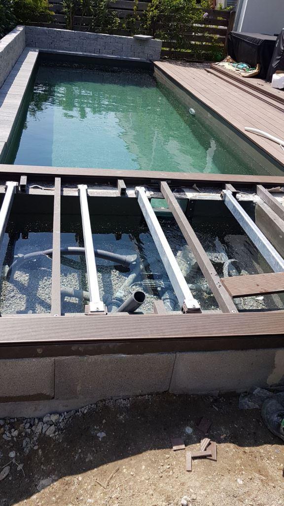 Filterbecken unter Terrasse