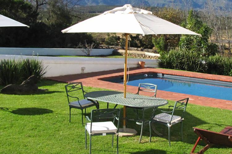 Sonnenschirm Sonnenliege Gartenmöbel Set
