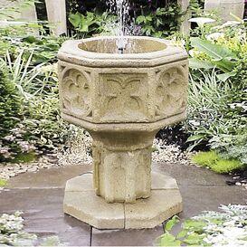 Gartenbrunnen aus Steinguss - Avignon