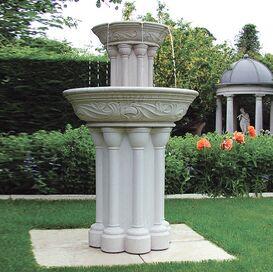 Gartenbrunnen aus Steinguss - Dorney Court