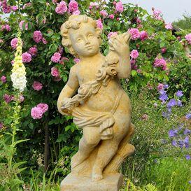 Gartenfigur aus Steinguss - Amor