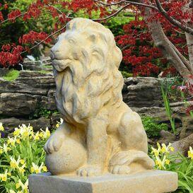 Gartenfigur aus Steinguss - Leopold