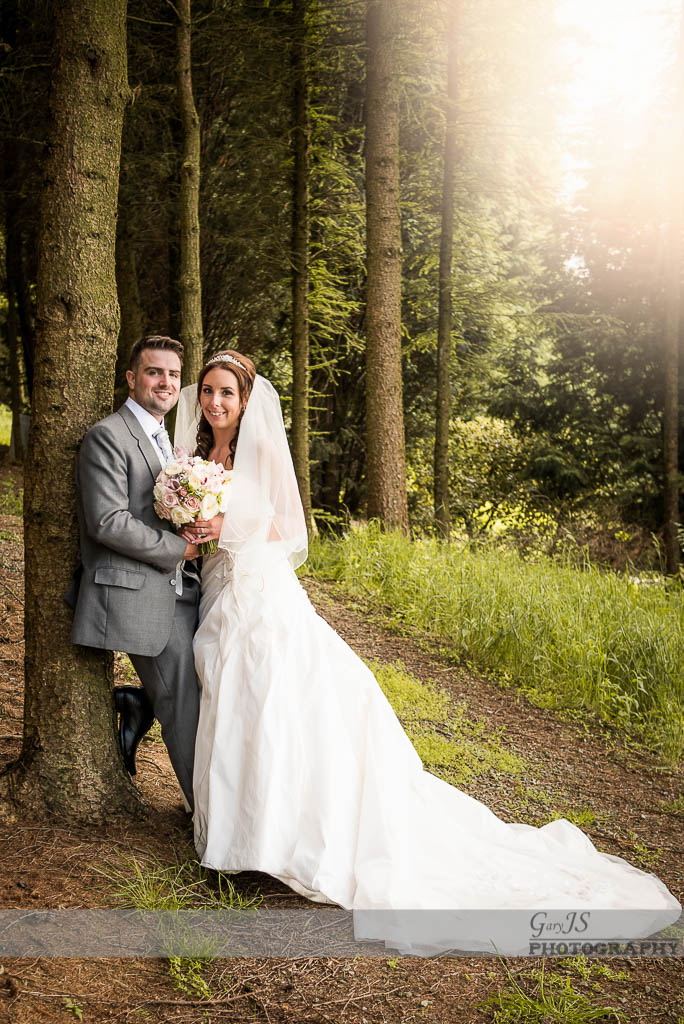 Saddleworth hotel wedding photographer