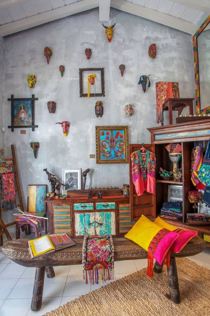 This Is One Of The Most Colorful Art Galleries In Puerto Vallarta Because  It Contains Home Accessories, Novelty Gift Ideas, Jewelry, Fashion  Accessories And ...