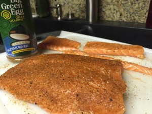 Salmon filet and pieces of Toro seasoned