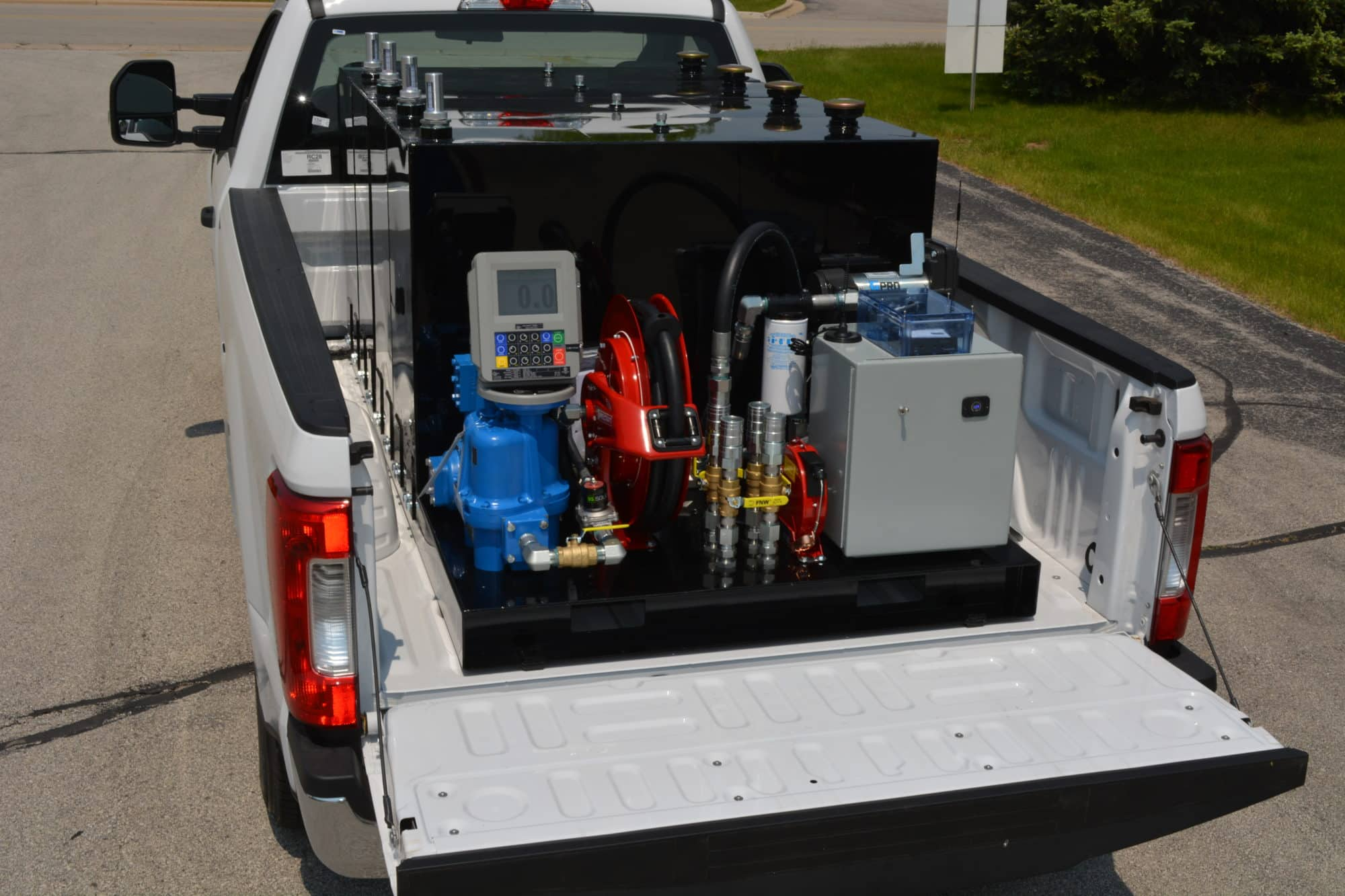 You are currently viewing Larger fleets benefit from this 400-gallon fuel trailer alternative
