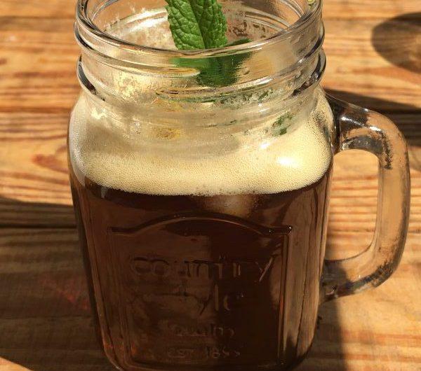 Durstlöscher: Eiskaffee mit Tonic
