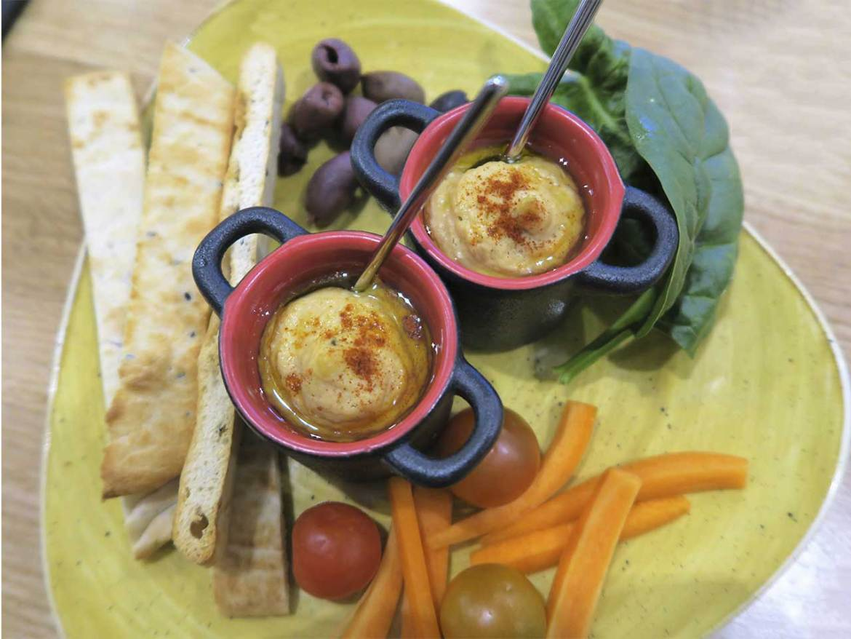 Planet Organic restaurante ecologico Hummus