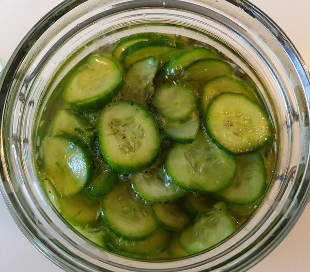 Agurkesalat (syltede agurker)