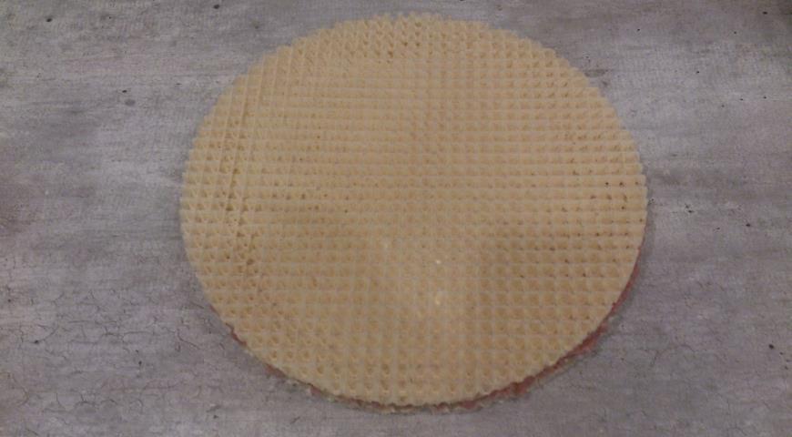 Треугольные котлеты в вафельном корже . Шаг 4