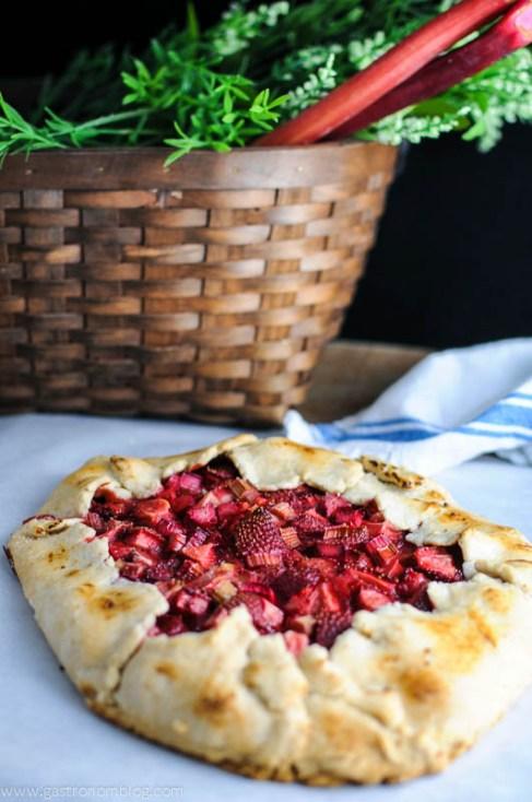 strawberryrhubarbtart-2