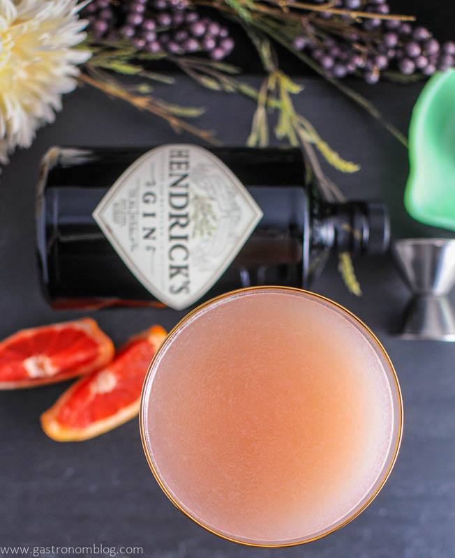 The Pink Pear - A Gin and Grapefruit cocktail