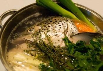 Cuisson du fumet de poisson