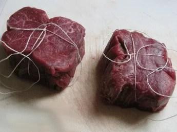 Filet de bœuf à la ficelle prêt à cuire