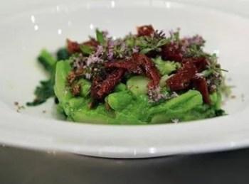 Salade aux fleurs d'origan