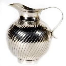 Pichet en métal argenté strié