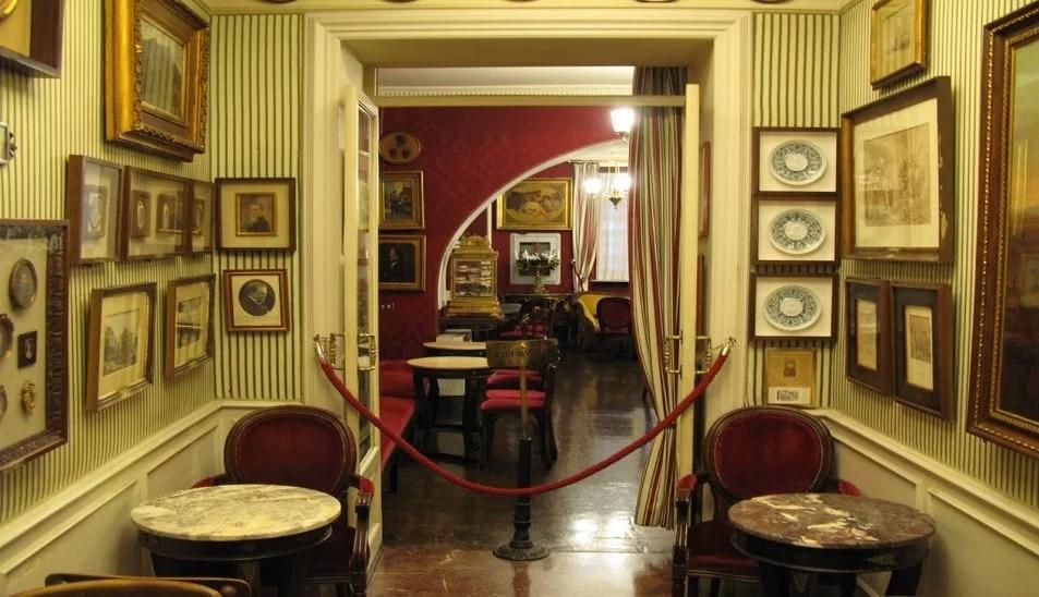 Caffé Greco à Rome, lieu de spécialité du sabayon