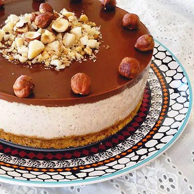 Pastel de avellanas y chocolate - La Gloria Vegana