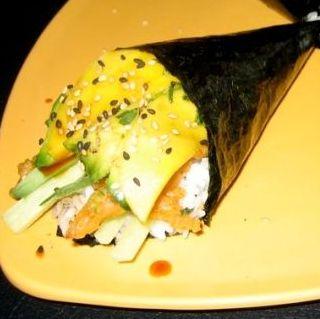 sushi handroll 2