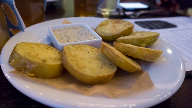 fried green tomatoes at porch