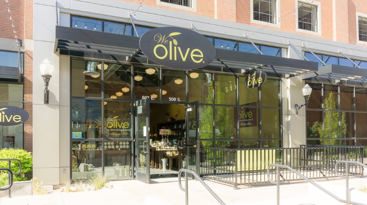 We Olive - exterior and patio
