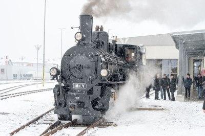 Silvester vor grandioser Kulisse Dampfzug