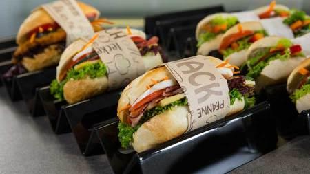 Streetfood EDNA, Frühling, Semmel, Hunger, Burger, Ciabatta, Laugengebäck